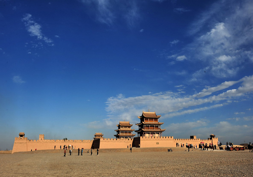 Jiayuguan Fort is the west end of the Great Wall of the Ming Dynasty, and the first mountain pass of the west Yellow River.