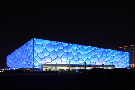 The Water Cube is elegant no matter it is in the day time or in the evening.