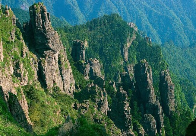 Shennong Ding of Shennongjia is the highest peak in central China.