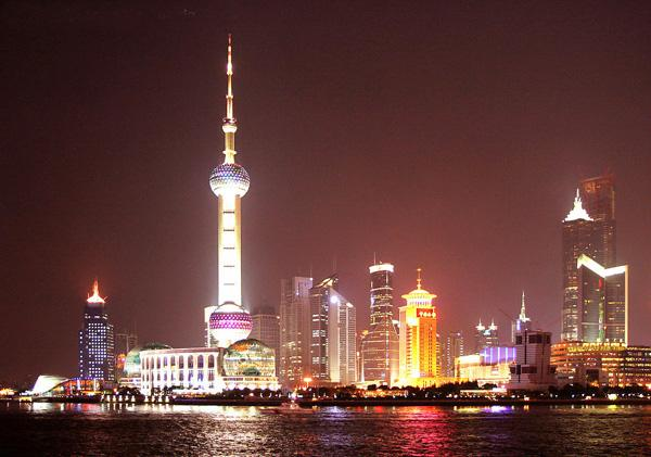 Huangpu River is the symbol and the mother river of Shanghai.