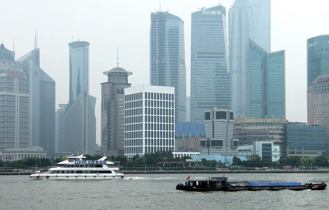 Take a Huangpu River Cruise is a goog choise for most trvelers in Shanghai.