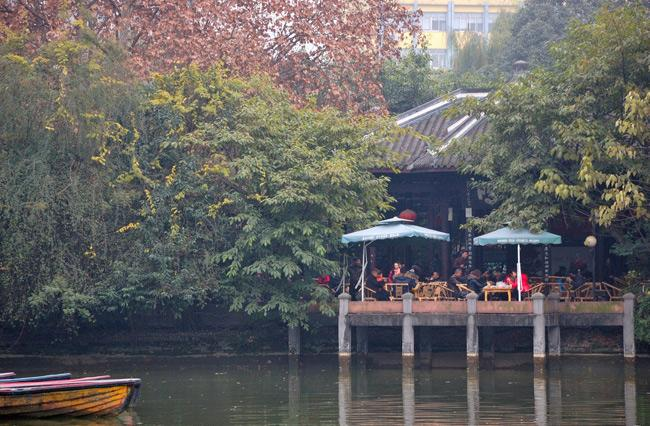 The teahouse in People's Park, Chengdu