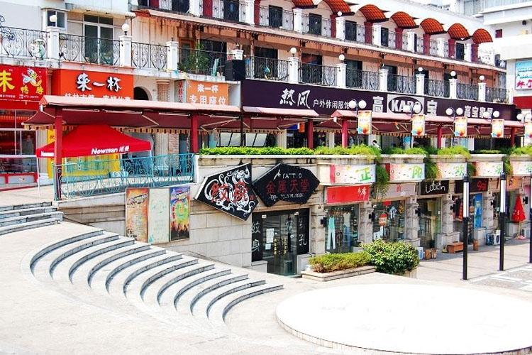 Zhengyang Pedestrian Street in Guilin-3