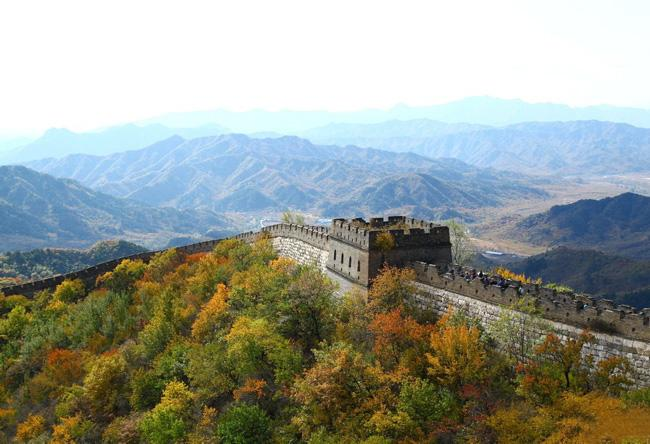 An amazing autumn view of Mutianyu Great Wall, Beijing