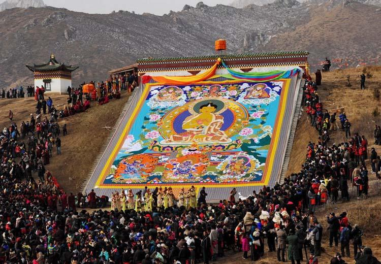 Sunning of the Buddha Festival at Langmu Temple