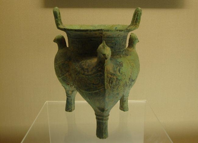 The ancient bronze vessel, Shanghai Museum