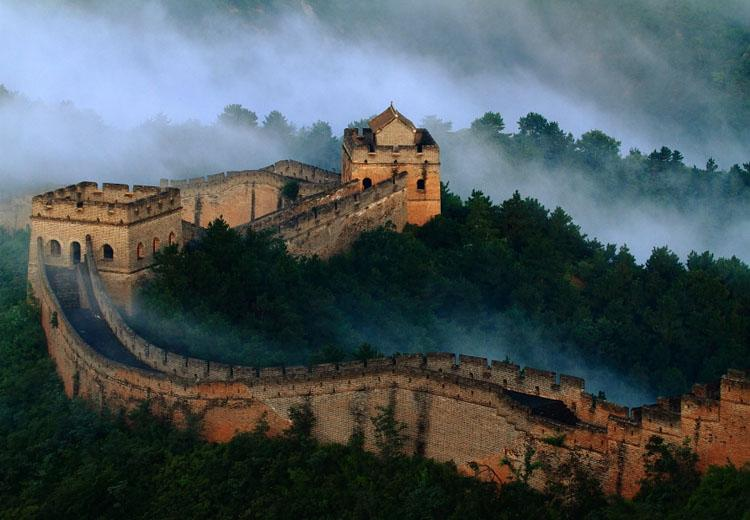 Jinshanling Great Wall Shrouded in Mist