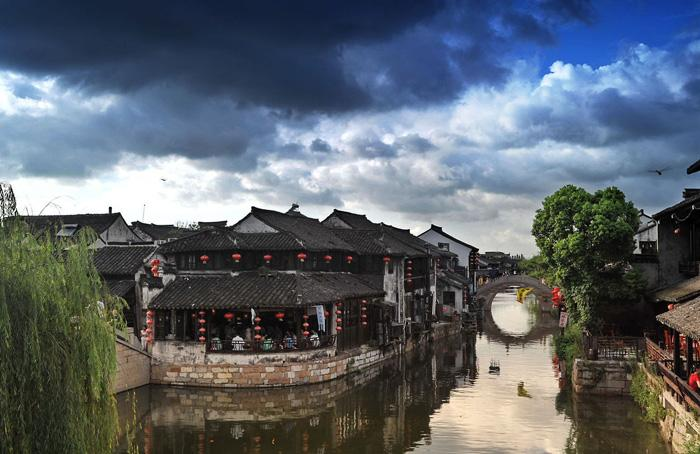 The beautiful sight of Xitang Ancient Town.