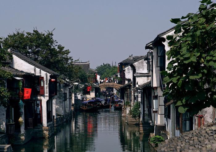 Zhouzhuang is a famous ancinet water town with a history over 2000 years.