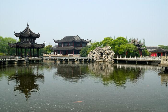 The beautiful view of Zhouzhuang Fang.