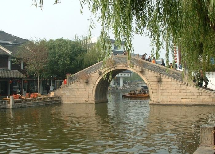 A arch bridge in Zhouzhuang Ancient Town.