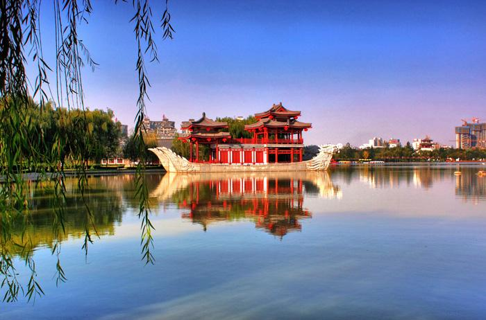 A peaceful view of Tang Paradise, Xi'an