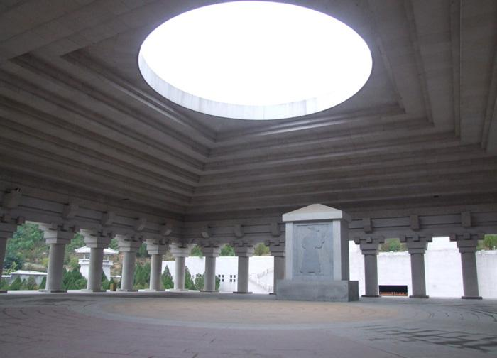 The inside view of the sacrifice hall, Huangdi Mausoleum in Xi'an