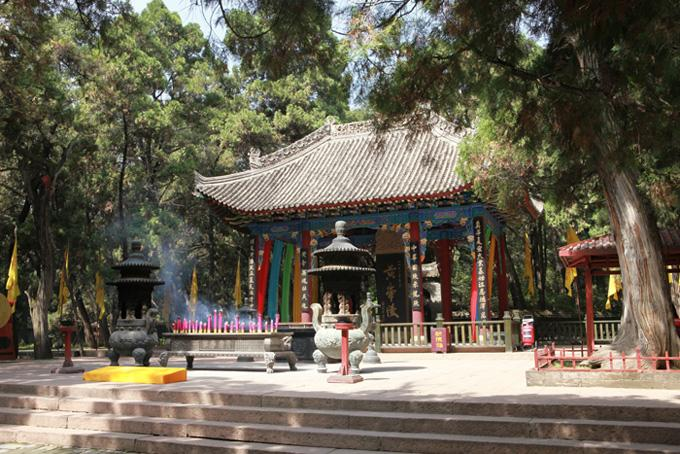 The sacrifice pavilion, Huangdi Mausoleum
