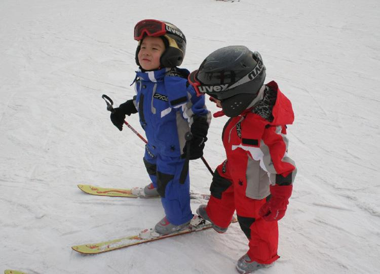There are Areas Specially Designed for Children at Nanshan Ski Resort in Beijing