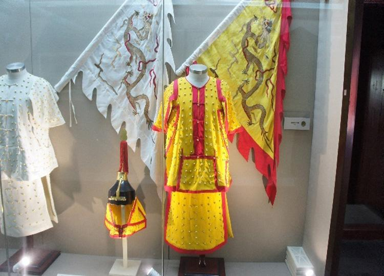 Exhibits in Great Hall of Prince Gong's Mansion, Beijing