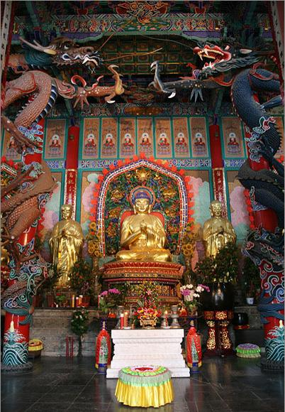 The golden Buddha enshrined in Yuantong Temple, Kunming