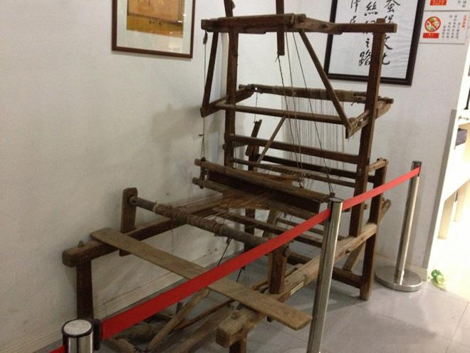 An ancient weaving machine in the museum, Suzhou