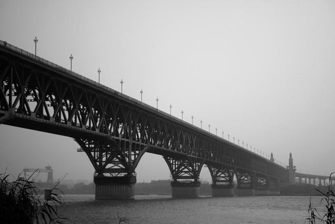 The bridge is 4589-meter-long and 15-meter-wide, allowing two trains running from opposite directions at the same time.