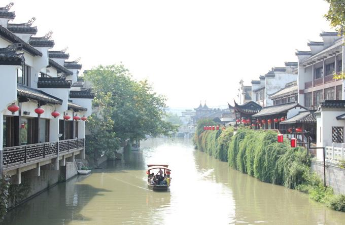 The elegant view of Qinhuai River