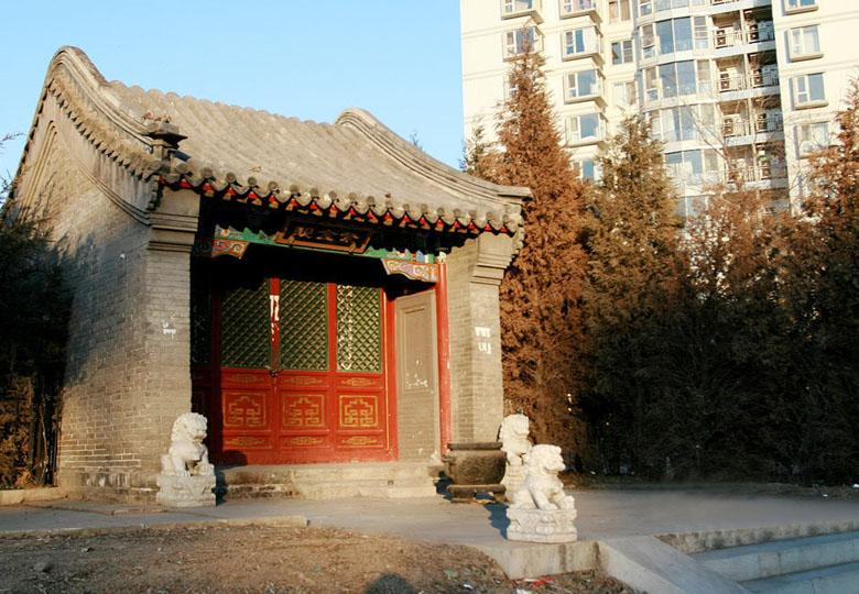 Temple of the Dragon King near Guangyuan Water Gate in Beijing