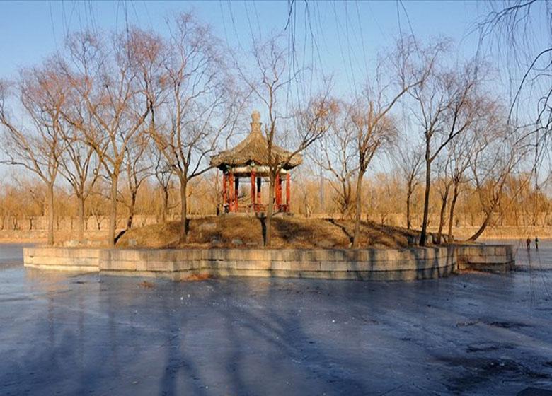 The Phoenix Frusta along Waterway of Empress Dowager Cixi in Beijing