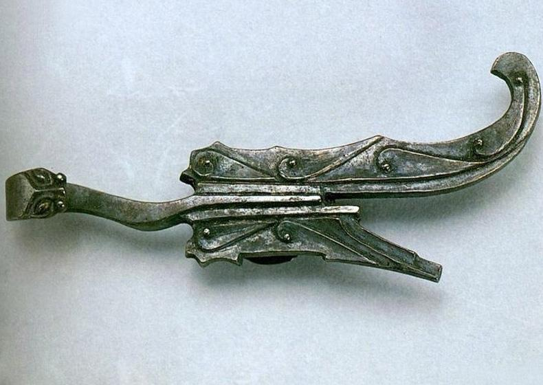 Silver Hook with Seven-star Pattern in Museum of the Mausoleum of the Nanyue King, Guangzhou