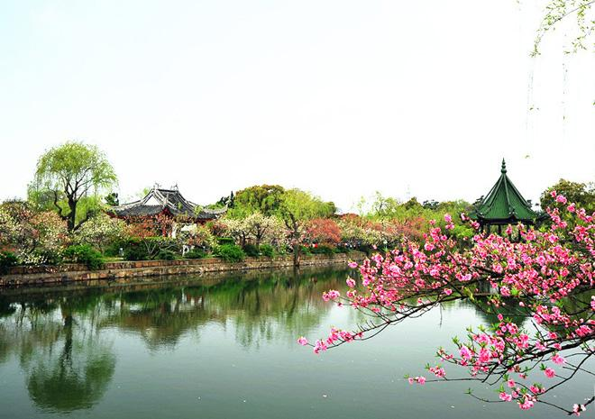 The beautiful scenery in Mei Garden of Wuxi