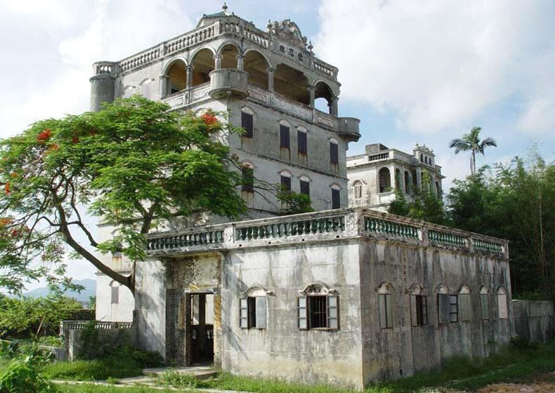Mingshi Watchtower is the Most Beautiful One in Zili Village of Kaiping, China