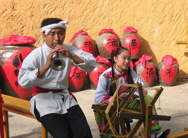 Lifestyle of the Northern Shaanxi People Showed in the China Folk Culture Village