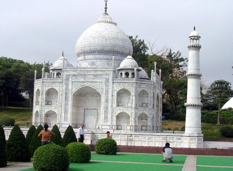 Replica of Indian Taj Mahal in the Window of the World, Shenzhen