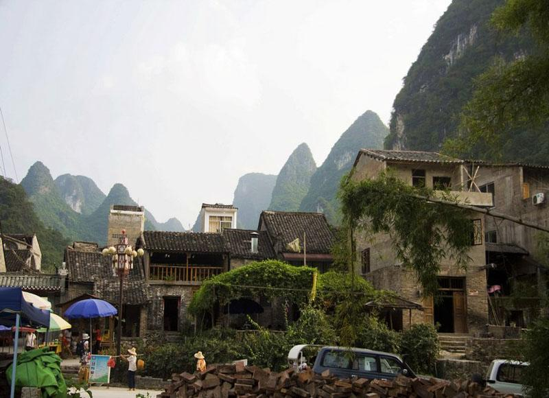 Xingping Ancient Town in Yangshuo County of Guilin has a history of more than 1700 years
