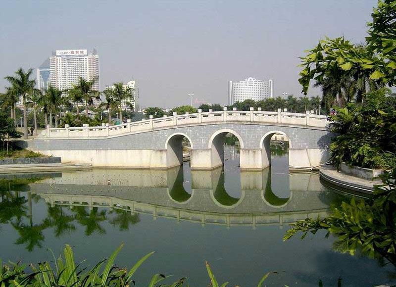 Beautiful scenery of a bridge across Nanhu Lake in Nanning, China