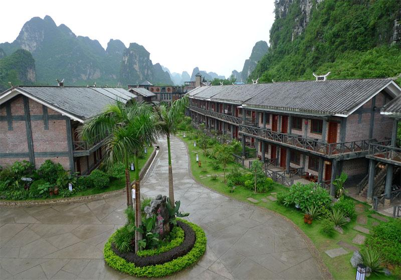 Ming-shi Mountain Villa in the Ming-shi Countryside Scenic Area of Guangxi, China
