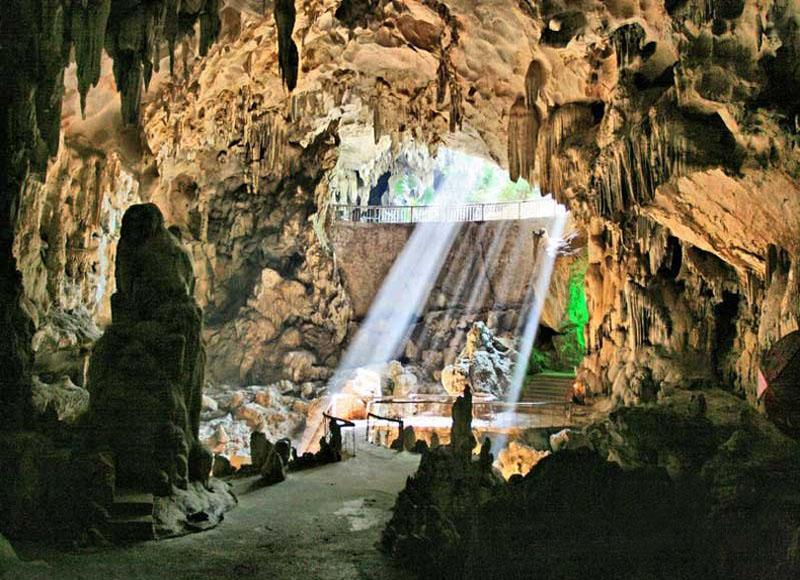 The entrance of Yiling Cave in Nanning City of China's Guangxi Zhuang Autonomous Region