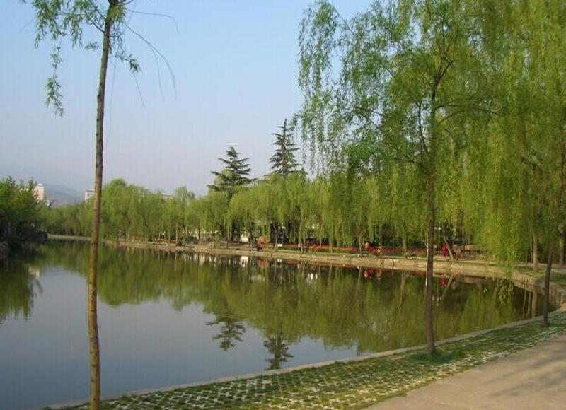 Renmin Park in Nanning of China is quite a place for relaxation during your tour in the city