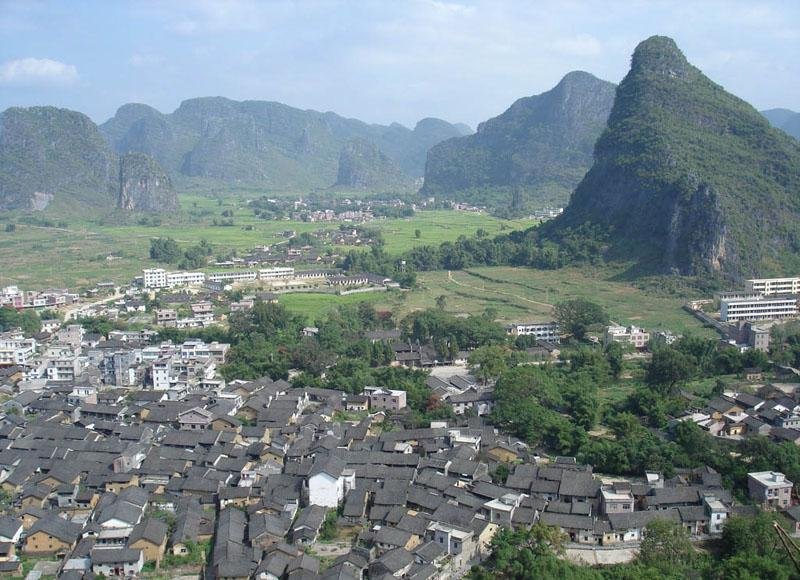 "Huangyao Ancient Town in China's Hezhou City is also known as ""Little Guilin"""