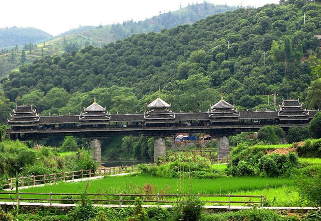 Chengyang Wind and Rain Bridge is located about 20km north of Sanjiang County in China's Liuzhou City.