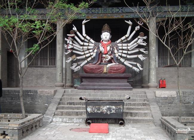 The Thousand-hand Bodhisattva enshrined in Shuanglin Temple.