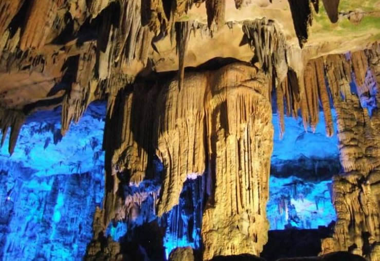 Reed Flute Cave Guilin Reed Flute Cave Guide Formation