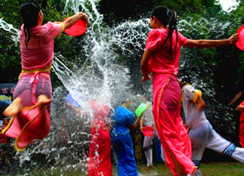 4 Days Water Splashing Festival Tour