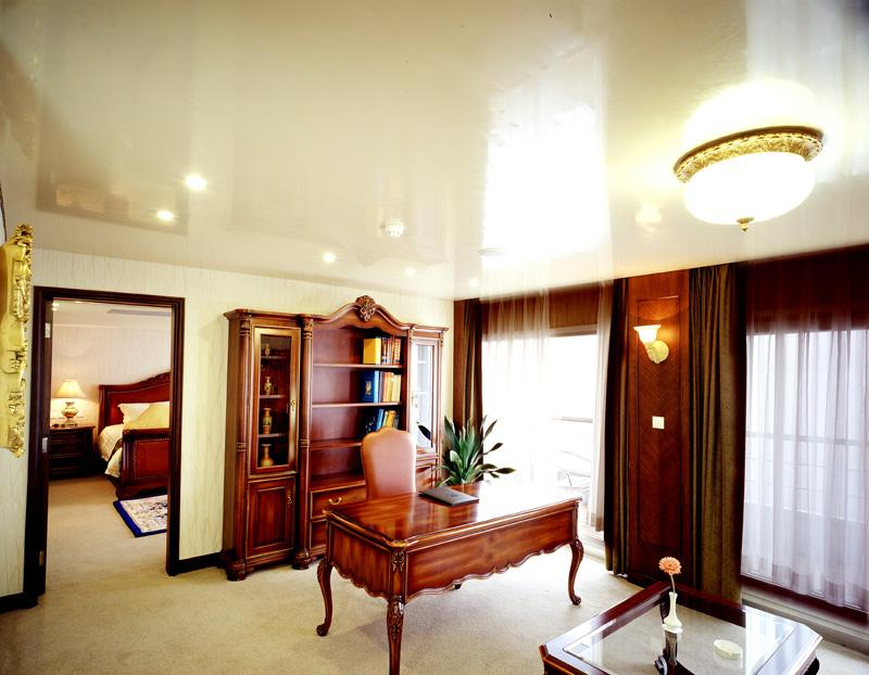 President Suite Sitting Room