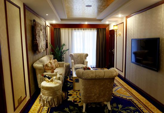 Sitting Room of Deluxe Suite