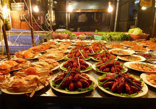 China's Top 10 Food Streets Make Your China Tours Tasty