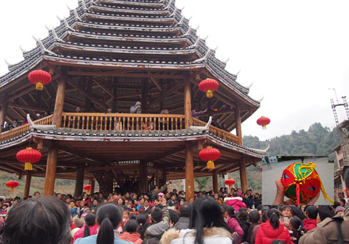 The drum tower and the activity of tossing embroidered balls, Longsheng