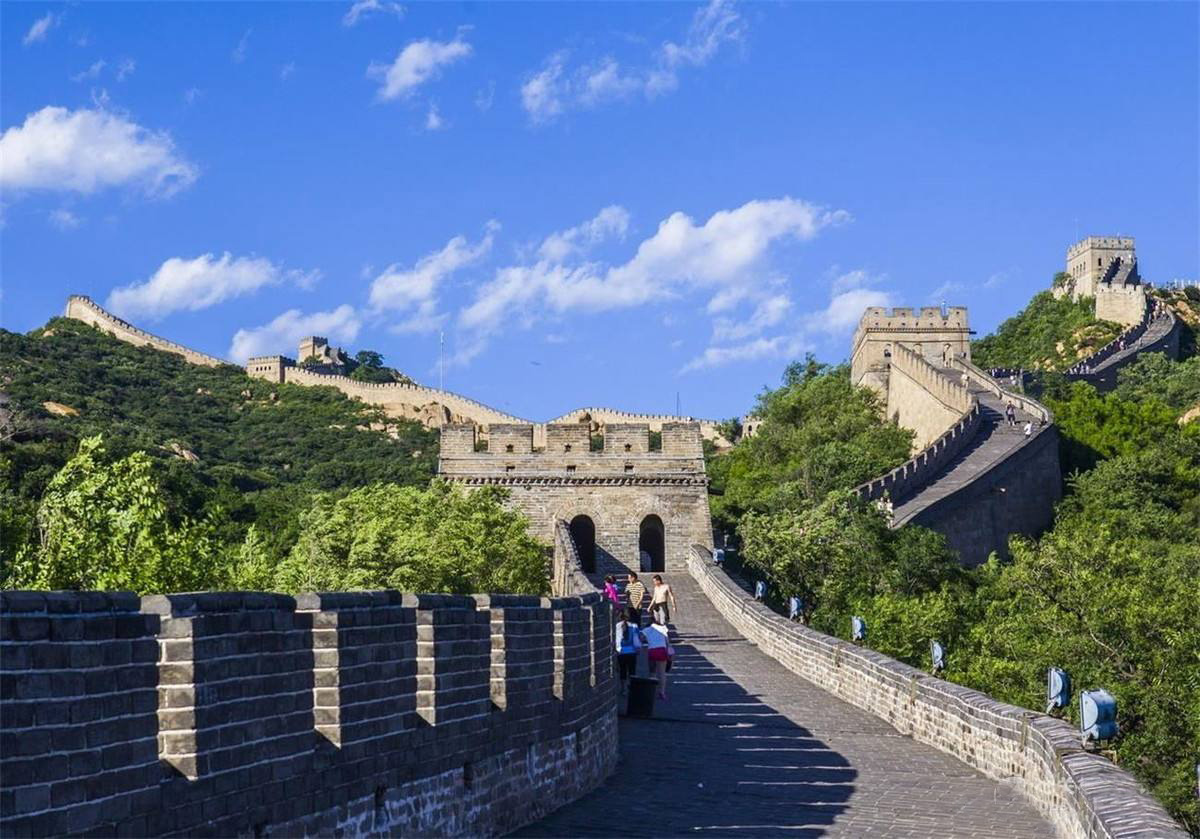 Badaling Great Wall and Underground Palace Bus Tour