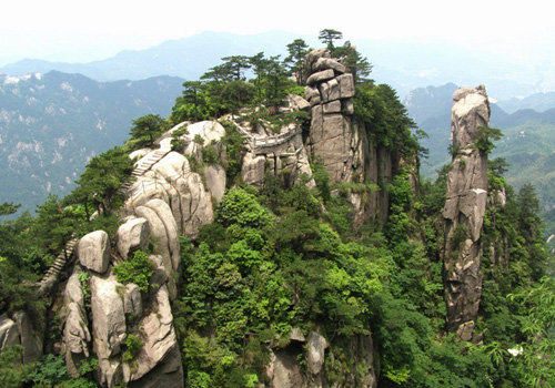Mt. Jiuhua is one of China's Buddhist holy mountains located in Chizhou City.