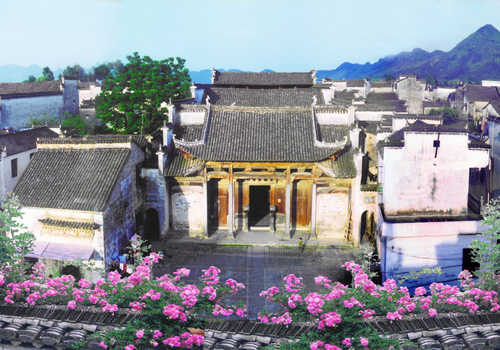The beautiful Nanping Ancient Village of Huangshan is famous for its ancient ancestral halls complex.