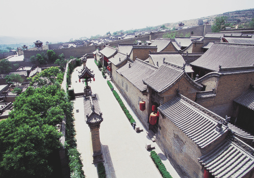 Gaojiaya complex architecture was constructed from 1796 to 1811 by the 17th generation of the Wang family – Wang Rucong and Wang Rucheng.