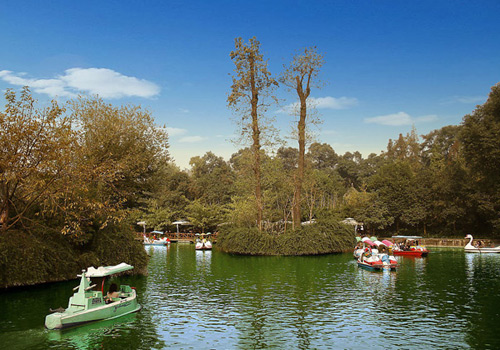 People's Park is a comprehensive park with rich vegetation and a popular haunt for locals.